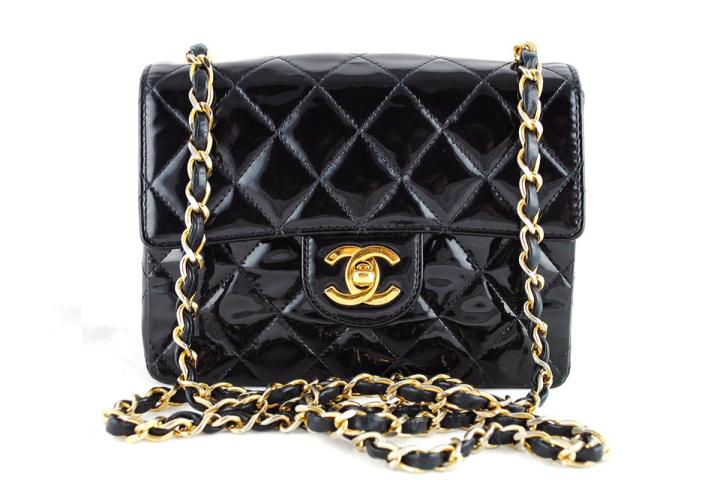 chanel-black-patent-classic-quilted-mini-2-55-flap-bag-1